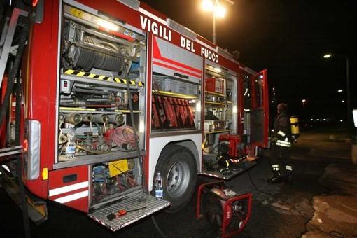 Incendio in un appartamenteo di corso Siracusa, Vigili del Fuoco costretti a evacuare due persone