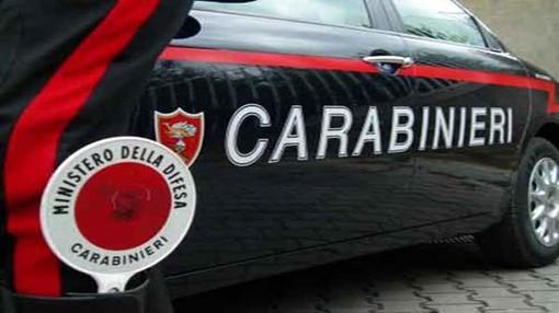 Ladro saluta la telecamera dopo il furto, arrestato a Pianezza dai carabinieri [VIDEO]