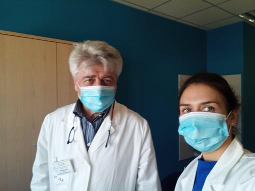 Il dottor Marco Rolando durante il lockdown della scorsa primavera