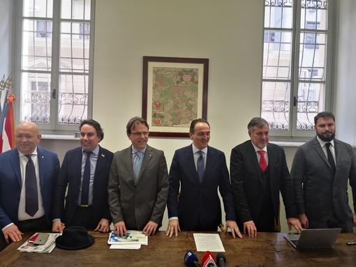 Bilancio 2020 Regione, Cirio lancia l'allarme conti. Sanità di nuovo a rischio di piano di rientro