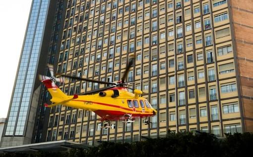 elicottero che arriva al Cto