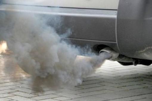 Smog, prosegue (almeno) fino a giovedì a Torino il blocco della circolazione per i diesel Euro 5