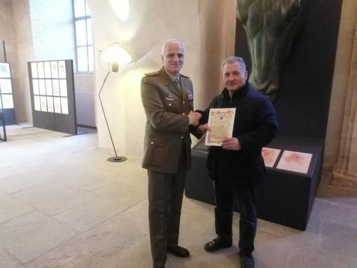 Venaria, la passione per la storia premia Enzo Bentivegna