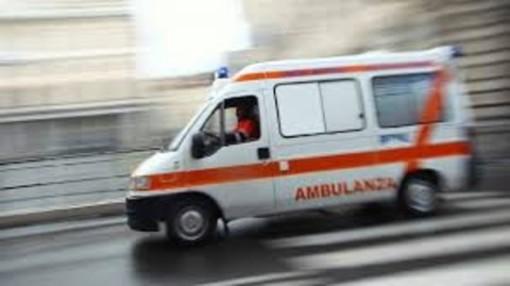 """Rivoli, negazionisti del Covid inseguono l'ambulanza in tangenziale. Rocca: """"Soccorritori diventati bersaglio della paura"""""""
