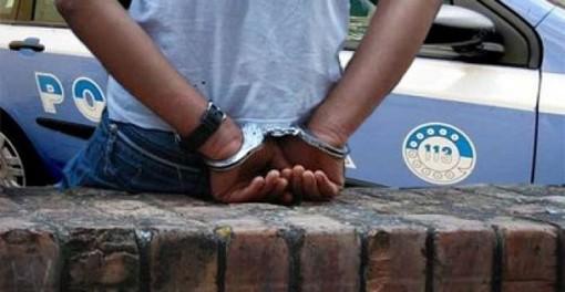In giro per Collegno, ma è agli arresti domiciliari: per un 18enne nigeriano scattano di nuovo le manette