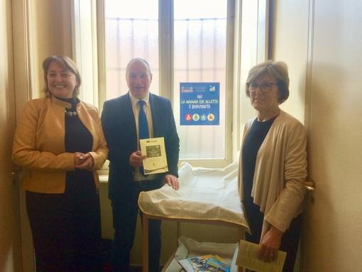 Collegno, un Baby-pit-stop in biblioteca per dare il benvenuto a mamma e papà