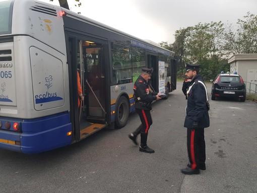 Sicurezza sui mezzi pubblici, controlli dei carabinieri: a Collegno 45 persone scoperte senza biglietto