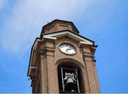 Collegno, l'Associazione Savonera in azione per riparare il campanile