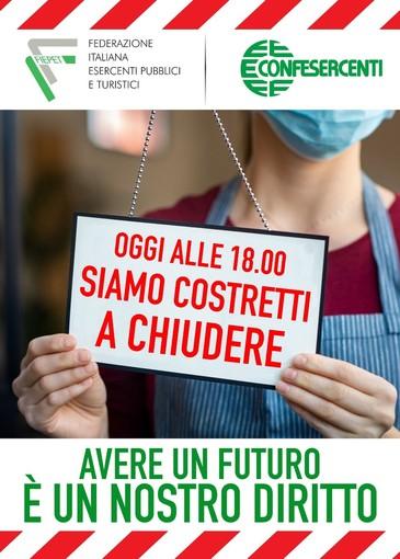 Chiusura alle 18, gli esercenti di Torino mettono il malcontento in vetrina