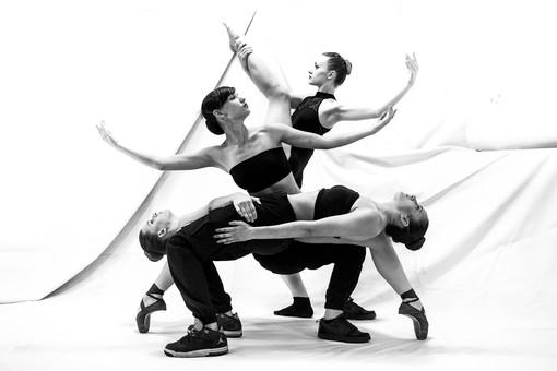 """Grugliasco, nasce la compagnia di danza 'Mixit' di Denise Zucca: """"Il fine è quello di abbattere la barriera tra palco e pubblico"""" [FOTO e VIDEO]"""