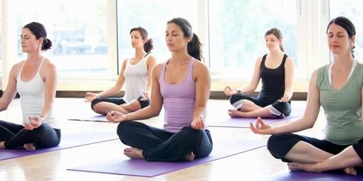 Grugliasco, la prossima settimana cominciano i corsi di yoga e ginnastica a Città della conciliazione