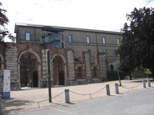 Castello di Rivoli, salta l'inaugurazione della mostra. Ma la conferenza è in live streaming