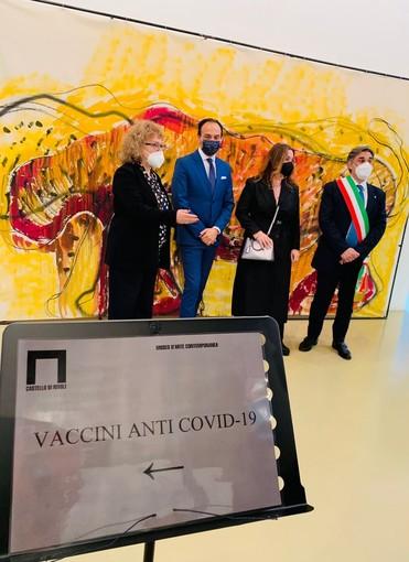 inaugurazione hub vaccinale di rivoli