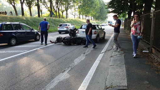 Incidente a Venaria, auto contro motocicletta in via Cavallo