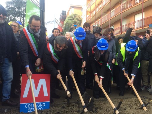 Grande festa a Collegno, al via i lavori per il prolungamento della metropolitana [FOTO e VIDEO]