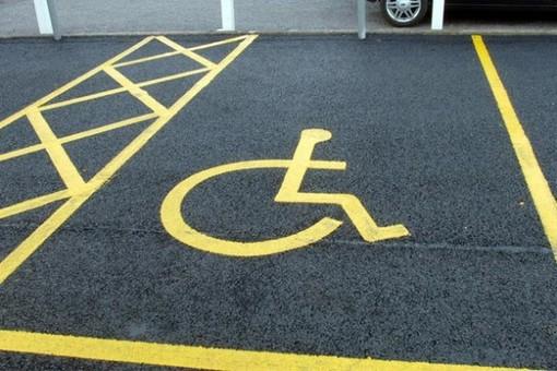 Rivoli, in arrivo un nuovo veicolo attrezzato per il trasporto delle persone disabili