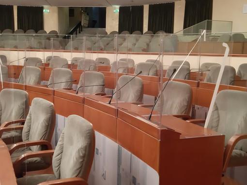 Il Consiglio regionale torna in presenza. E i consiglieri fanno i tamponi in autonomia