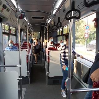 """La """"promozione"""" della scuola passa dalla fermata del bus: il Piano della Regione per uscire dallo scacco in 4 mosse"""