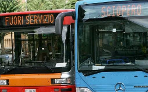 """A Torino sciopero Gtt di 24 ore venerdì 22 novembre: in città il """"Black Friday"""" del trasporto pubblico"""