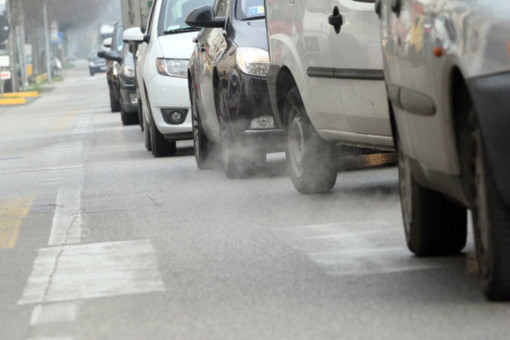 Smog, da domani a Torino e in diversi Comuni della provincia torna lo stop ai diesel Euro 4
