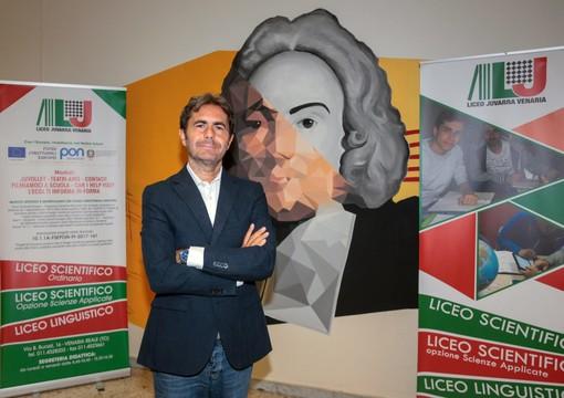 Venaria, cambio della guardia alla guida del liceo Juvarra: saluta il professor Salcone, va al Cavour di Torino [VIDEO]